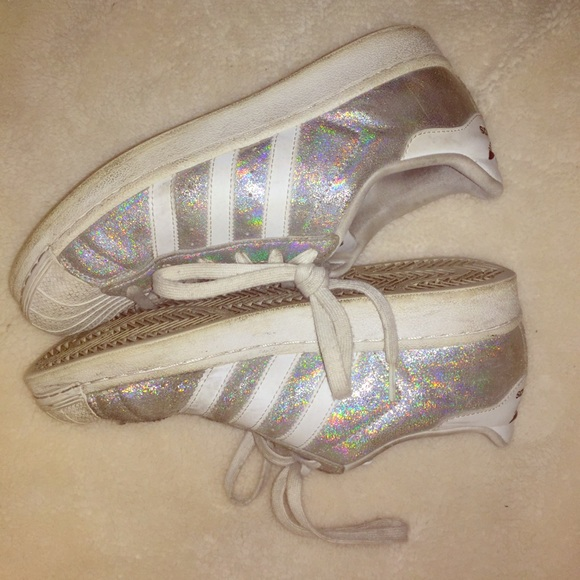 le adidas superstar poshmark brillantini olografico d'argento